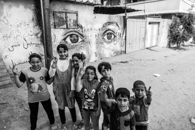 Herakut Eyes Of Gaza-11