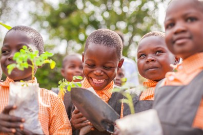 1703-Nyota-Kenia-Lwala-2010