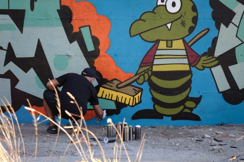 HARD2BUFF 22 featuring graffiti writer CUOMO