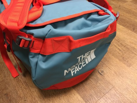 Duffel-bag-the-north-face-10