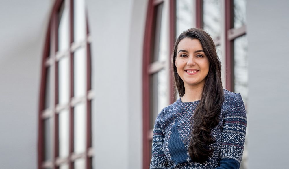 Photo of Graduate Student Tiffany Soares, who is a Fullbright Grant Finalist.