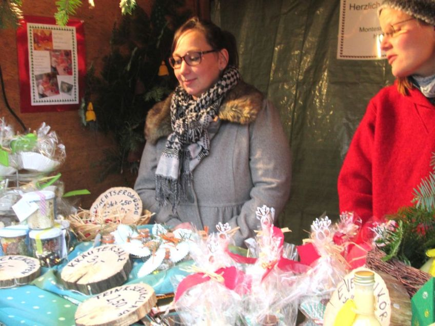 Montessori Kinderhaus beim Adventsmarkt in Hangelsberg 2015_2