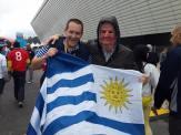 Rodrigo y el presidente Mujica, que se dio una vuelta por San Pablo para alentar a la celeste