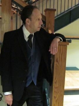 Art Salwin as Leo Barrett