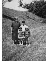 Gilda Malsani con Alberto il più grande, Alessandro Malsani cugino di Alberto e Moreno Pasqualin
