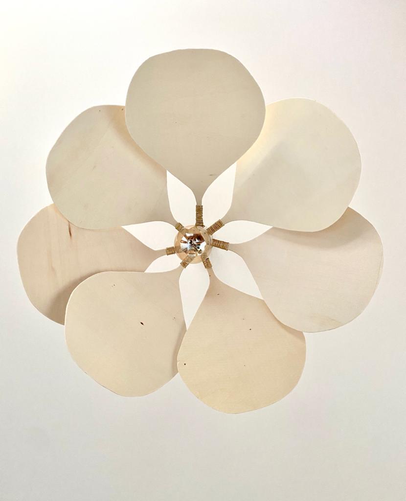 Suspension pétale fleur