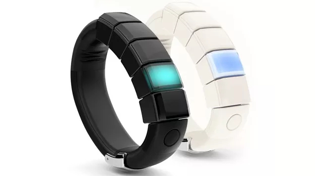 Nex Band wearable hits Indiegogo as 'hackable, modular smartband'