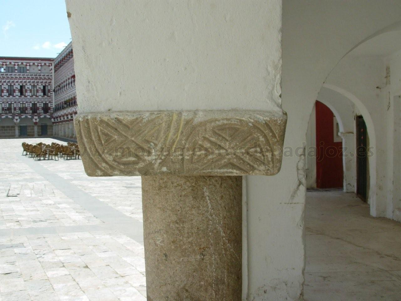 Resultado de imagen de visigodo badajoz Plazas Alta y de San José,