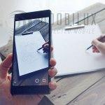 Der Nutzer sieht im Smartphone die Linien, denen er nachfahren sollen. (Foto: SketchAR)