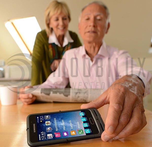 """Das britische Startup """"Zone V"""" will Smartphones seniorenfreundlicher machen"""