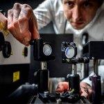 Speziell kodierte Lichtblitze erlauben Beobachten rasanter Prozesse. (Foto: Kennet Ruona)
