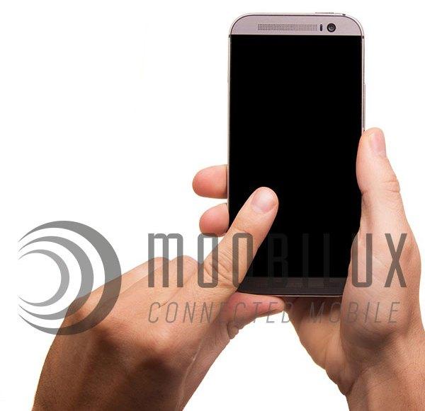 Unaufmerksame Vorgesetzte am Smartphone kosten Vertrauen