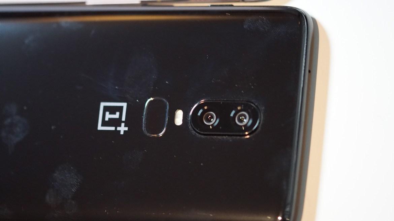 Die Dual-Kamera des OnePlus 6 löst 16 und 20 Megapixel auf und hat eine Blende von f 1.7. (Bild: moobilux.com)