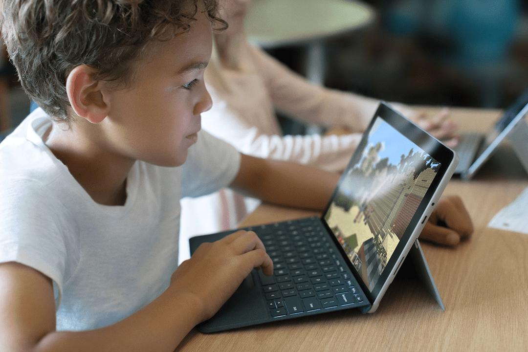 Microsoft will mit dem Einsteigergerät vor allen im Bildungsmarkt punkten. (Bild: Microsoft)