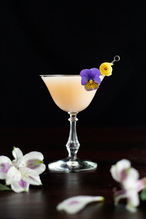 Army & Navy Cocktail Recipe