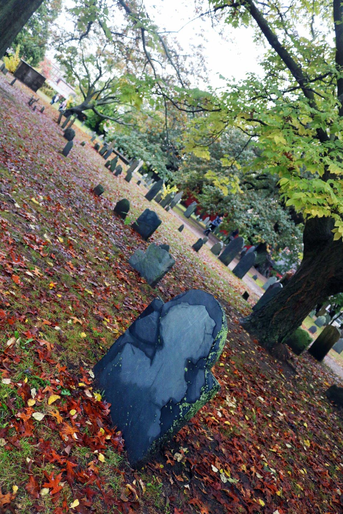 graveyard salem