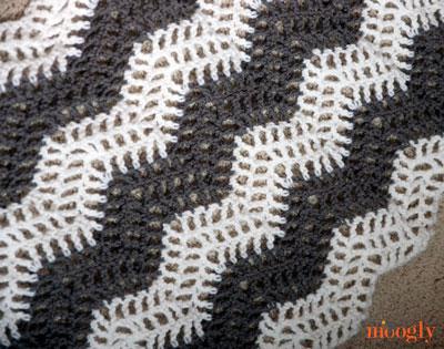 Big Bold Chevron Curtain Perfect For Any Window Free Crochet Pattern From Mooglyblog