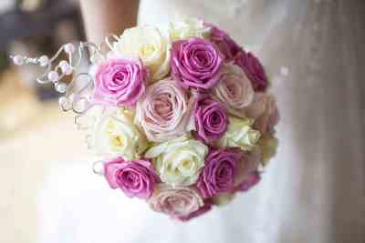 bruidsboeket bloemen trouwdag voorbeeld bruidsfotografie trouwreportage