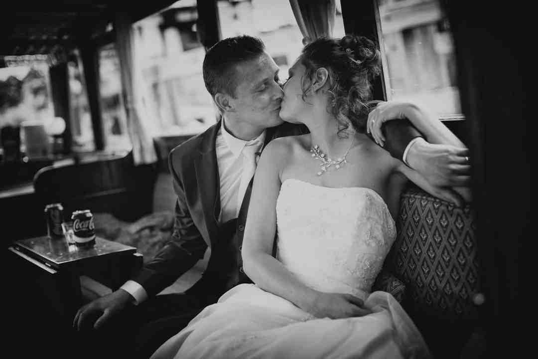 tevreden bruidsparen fotograaf
