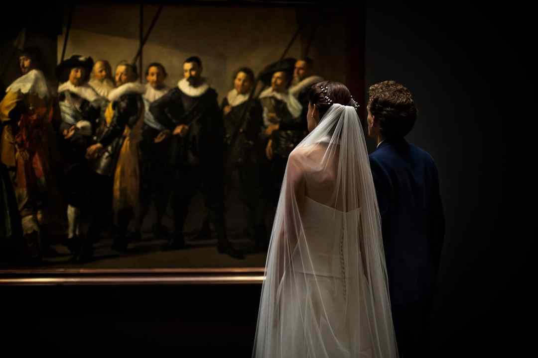 mooie bruidsfoto museum Amsterdam