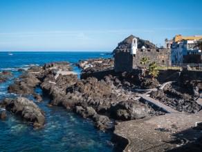 De oude haven van Garachico en het Castillo de San Miguel