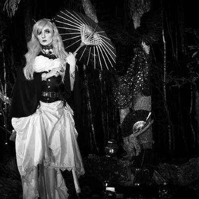 corset goth