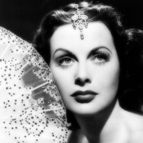 vintage hollywood glamour style