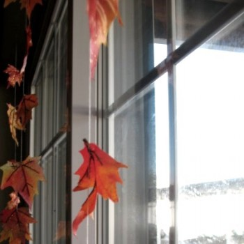 halloween-hanging-leaves