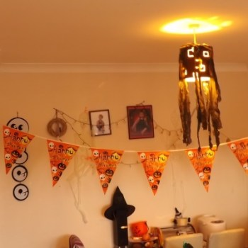 halloween-lamp-dinner-1
