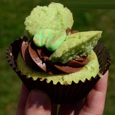 steampunk-tea-party-absinthe-fairy-cake