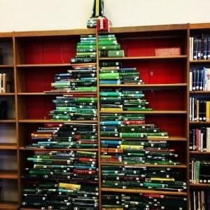 christmas-library