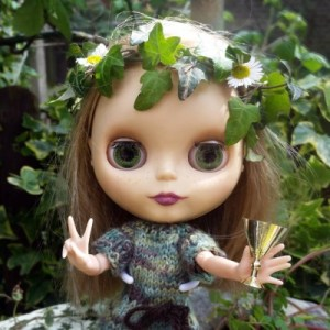 Beltane Sabbat Ritual Photoshoot With Blythe Dolls