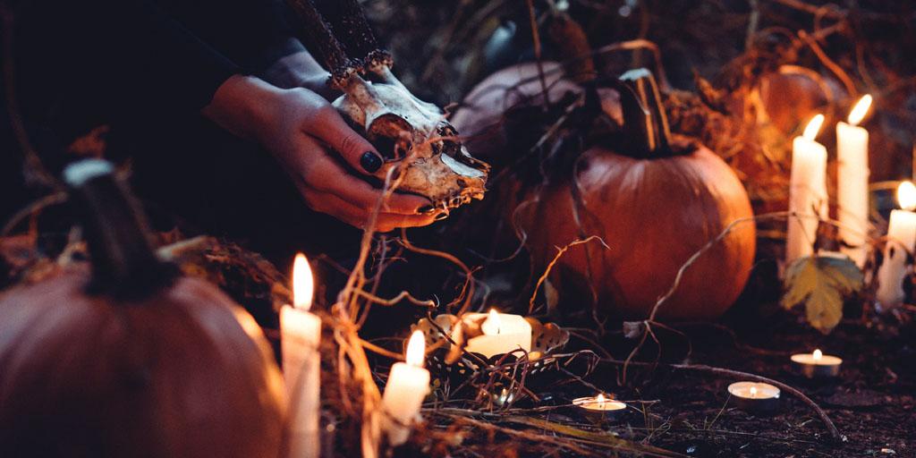 autumn witch season
