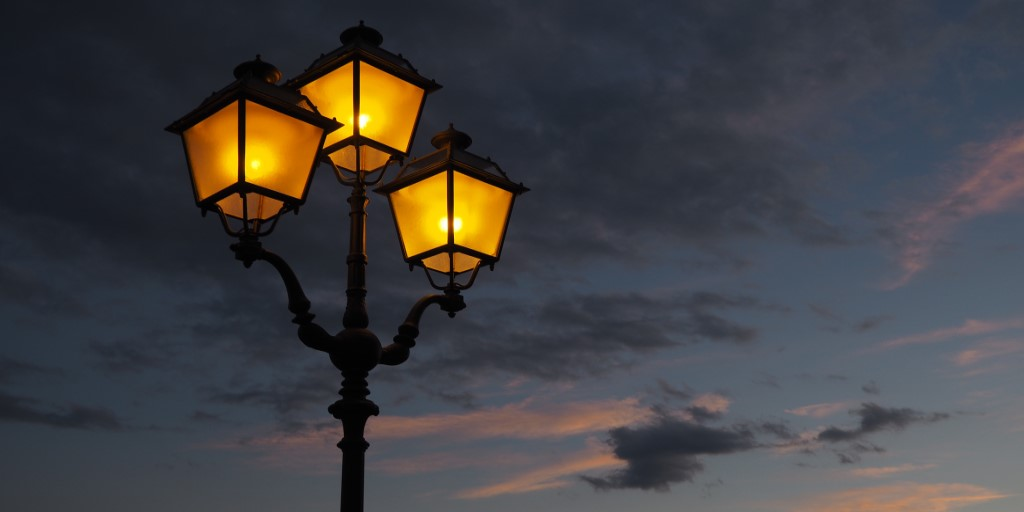 Poetry: glow by Laura Motavasseli