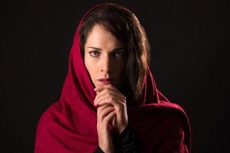 M'Dea Undone - Featuring Lauren Segal - photo by Dahlia Katz
