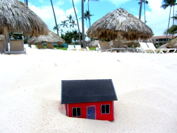 Mike Morrison brought Moonhouse #2.15 to the Dominican Republic in May 2013.