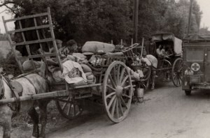 ww2_refugess_on_horse_and_cart