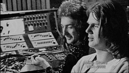 Queen II. John Deacon y Mike Stone.