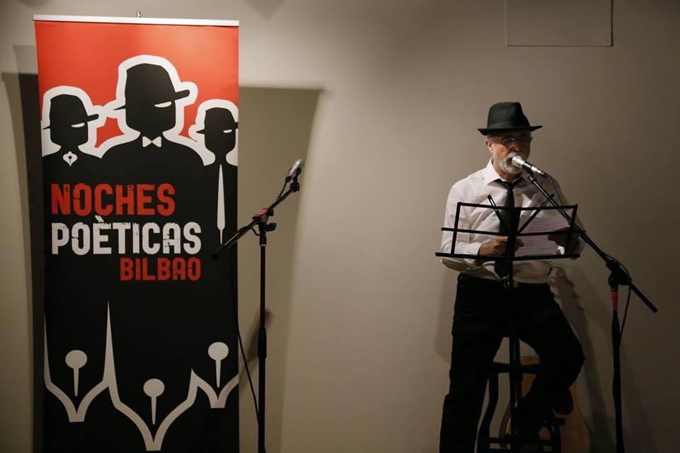 Noches Poéticas. Micro abierto por y para la poesía. Entrevista de Amaia Villa para MoonMagazine.