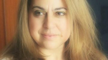 Marisa Arias, Lectora Intrépida. Comentarista literaria en Revista MoonMagazine