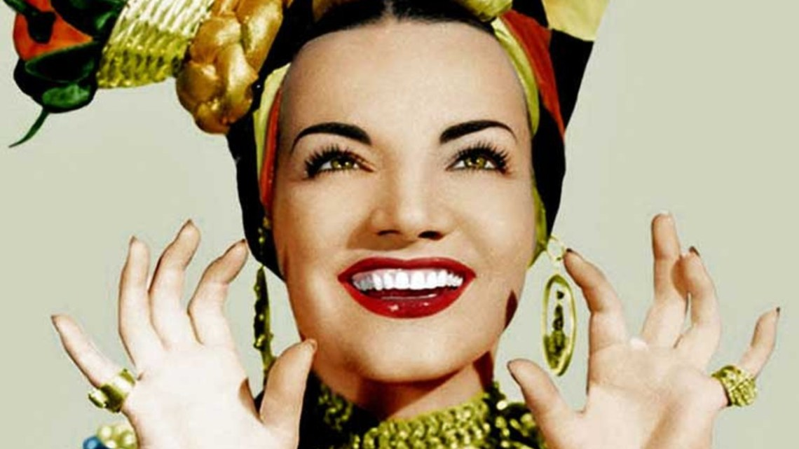 Hoy, en El Tocadiscos, la pista de baile y el Tico-Tico, con Carmen Miranda
