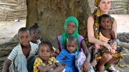 Aïda Ballmann, realizadora de Camino de tierra, su gran aventura africana