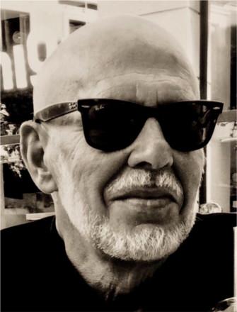Pólvora, tabaco y cuero: reseña y entrevista a su autor, Javier Valenzuela