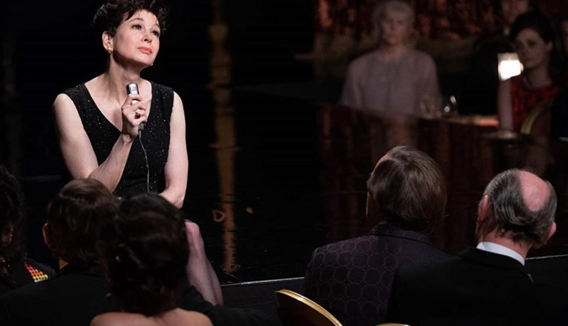 Judy: Una Renée Zellweger poco creíble como Judy Garland 3