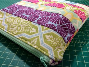 Patchwork Zipper Pouch Side