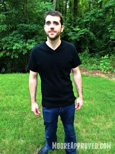 Jalie Tshirt Pattern 2918 James Moore modeling black vneck shirt outdoors full shot 1