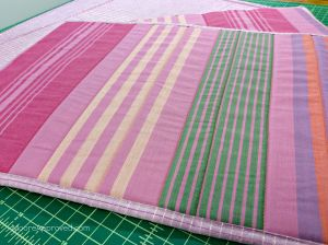 Free Spirit Fabrics Anna Maria Horner Loominous Woven Yarn Dyed Headlines rape Metallic Plum Placemats Horizontal