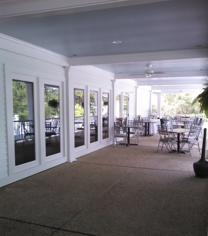 Filly & Colt's patio