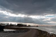 HDR bewerking rivier Merwede bij Werkendam