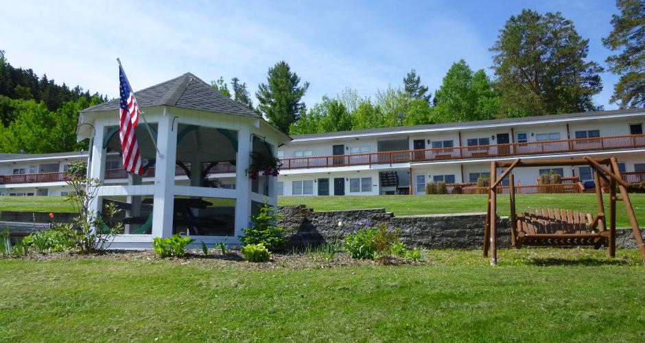 Moosehead Motel and Condos